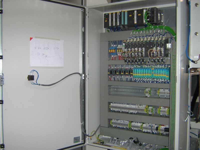Schema Cablaggio Quadro Elettrico Trifase : Impianti elettrici di bordo macchina